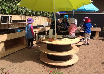 cooking-in-the-mud-kitchen